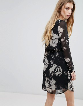 photo Floral Jersey Dress by Vila, color Multi - Image 2