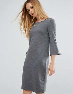 photo Ruffle Sleeve Dress by Vila, color Grey - Image 1