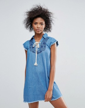 photo Taylor Embroidered Denim Dress by Urban Bliss, color Denim - Image 1