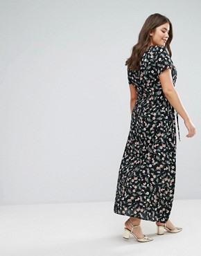 photo Maxi Dress in Small Floral Print by Yumi Plus, color Black - Image 2