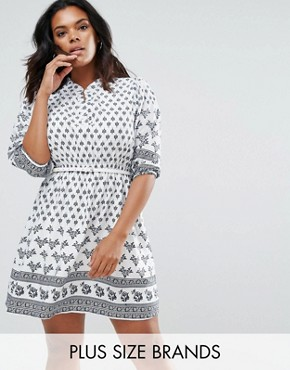 photo Belted Dress in Border Print by Yumi Plus, color Cream - Image 1