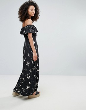 photo Off The Shoulder Maxi Dress in Floral Print by Goldie, color Print - Image 2
