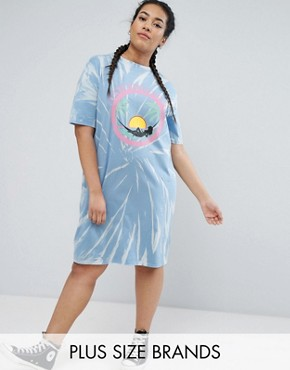 photo Tie Dye T-shirt Dress by Daisy Street Plus, color Blue - Image 1