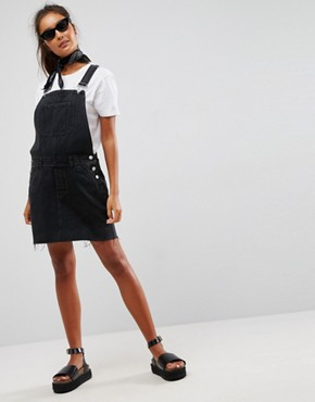 photo Denim Dungaree Dress in Washed Black by ASOS, color Washed Black - Image 4