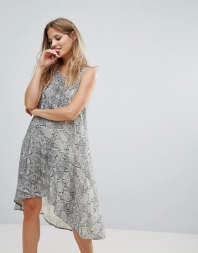 photo Leigh Dip Hem Dress by Brave Soul, color Off White - Image 2