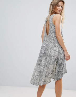 photo Leigh Dip Hem Dress by Brave Soul, color Off White - Image 1
