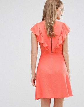 photo Frill Front Dress by Liquorish, color Coral - Image 2