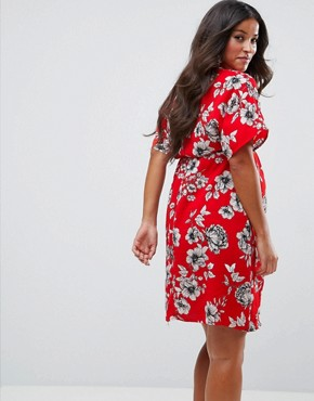photo Floral Midi Dress by New Look Maternity, color Red Pattern - Image 2