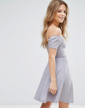 photo Ribbed Skater Dress by New Look, color Grey - Image 2