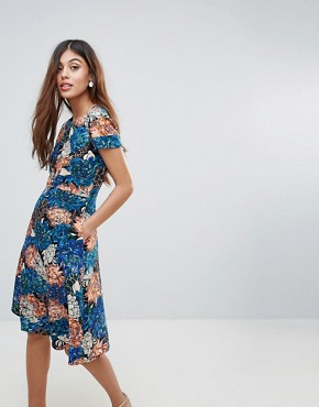 photo Floral Cap Sleeve Low V-Back Flare Dress by Closet London, color Multi - Image 1