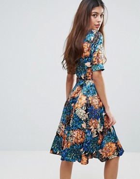 photo Floral Roll Sleeve Skater Dress by Closet London, color Multi - Image 2