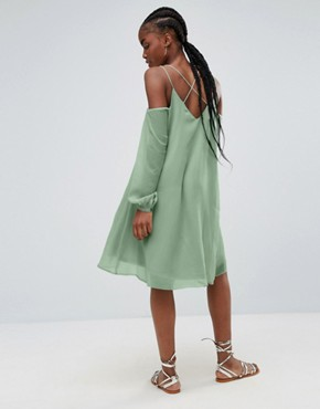 photo Lupin Cold Shoulder Waterfall Hem Dress by Bellfield, color Green - Image 2