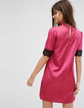 photo High Neck Fitted Dress with Lace Trim in Satin by Fashion Union, color Pink - Image 2