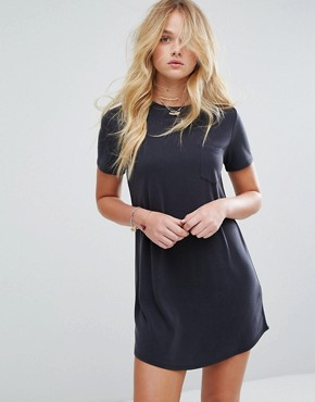 photo T-Shirt Dress by Abercrombie & Fitch, color Black - Image 1