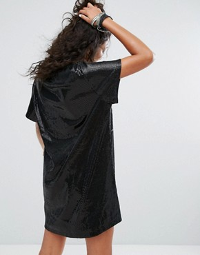 photo Oversized T-Shirt Dress in Sequin with Graphic by One Above Another, color Black - Image 2