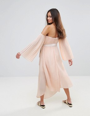 photo Valentine Crimped Off Shoulder Flared Sleeve Midi Dress by Isla, color Dusty Pink - Image 2