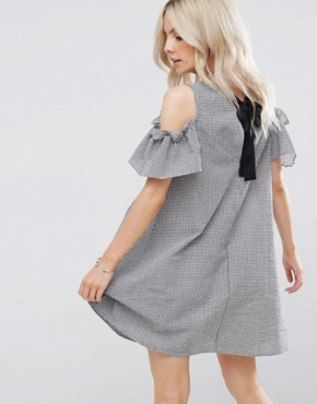 photo Gingham Cold Shoulder Dress by New Look Petite, color Black Pattern - Image 2