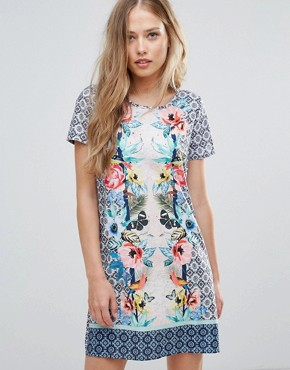 photo Shift Dress in Tropical Placement Print by Yumi, color Multi - Image 1