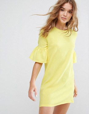 photo Frill Cuff Dress by Pull&Bear, color Yellow - Image 1