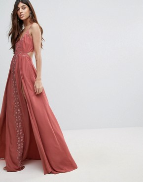 photo Desert Rose Maxi Dress by The Jetset Diaries, color Salmon - Image 1