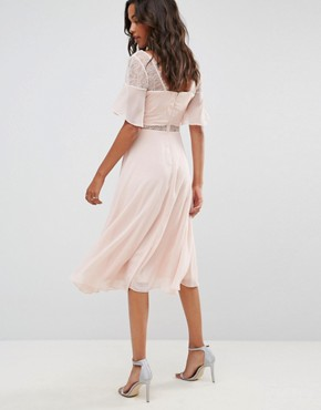 photo Lace Insert Flutter Sleeve Midi Dress by ASOS, color Nude - Image 2