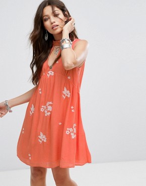 photo Sleeveless Smock Dress with Choker Neck and Floral Embroidery by Honey Punch, color Red - Image 1