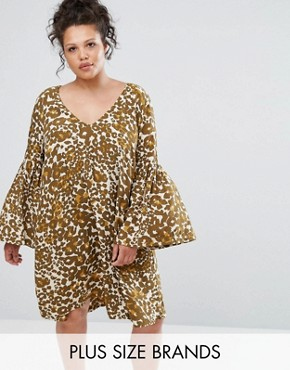 photo Animal Print Gypsy Dress by Elvi, color Khaki - Image 1