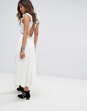 photo Layered Maxi Dress with Button Front by Kiss The Sky Tall, color White - Image 2