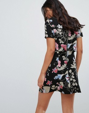 photo Floral Dress by Glamorous, color Black Oriental Floral - Image 2