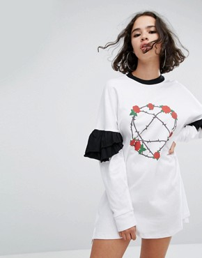 photo Heartagram Frill Sleeve Dress by The Ragged Priest, color White - Image 1