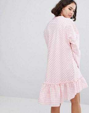 photo Cottonmouth Frill Hem Dress by The Ragged Priest, color Pink - Image 2