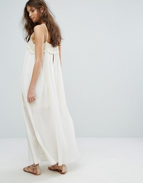 photo Crochet Panel Maxi Dress by Moon River, color White - Image 2