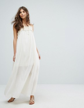 photo Crochet Panel Maxi Dress by Moon River, color White - Image 1