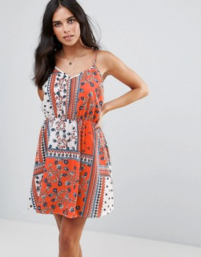 photo Tie Back Skater Dress by Influence, color Multi - Image 2
