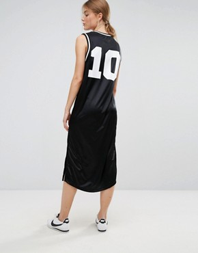 photo Basketball Midi Dress with Varsity Logo by Moss Copenhagen, color Black - Image 2