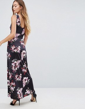 photo Floral Maxi Dress by City Goddess Tall, color Navy - Image 2