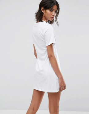 photo Oversized T-Shirt Dress with Bra Top by Urban Bliss, color White - Image 2