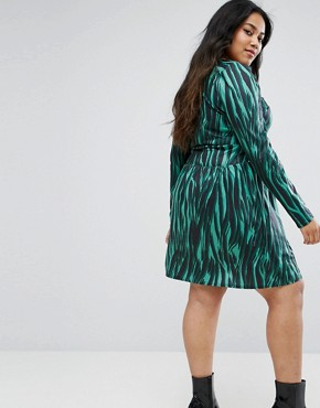 photo V-Neck Animal Print Dress with Long Sleeve by ASOS CURVE, color Multi - Image 2
