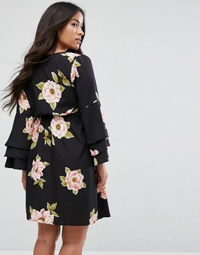 photo Tiered Sleeve Dress by New Look Maternity, color Black Pattern - Image 2