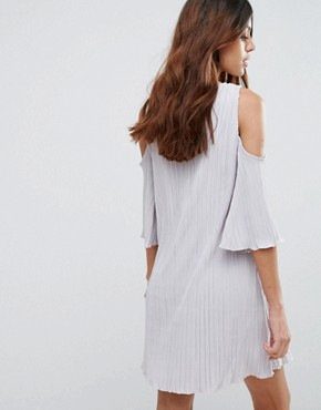 photo Cold Shoulder Pleated Dress by Mango, color Pearl - Image 2
