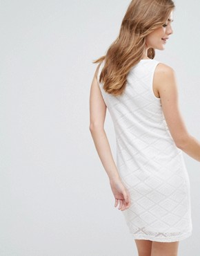 photo Sleeveless Shift Dress with Pocket Detail by Lavand, color White - Image 2