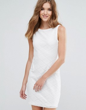 photo Sleeveless Shift Dress with Pocket Detail by Lavand, color White - Image 1