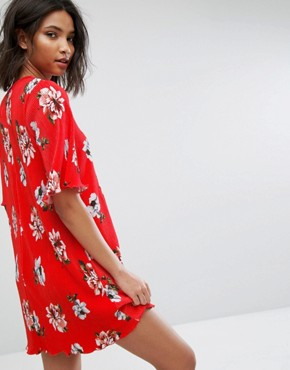 photo Floral Flute Sleeve Dress by Mango, color Red - Image 2