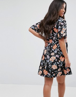 photo Floral Puff Sleeve Dress by New Look Maternity, color Black Pattern - Image 2