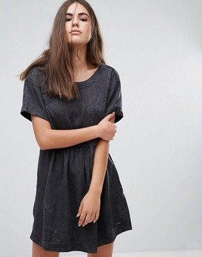 photo Lorette Stonewashed Denim Look Dress by Pepe Jeans, color Black - Image 1
