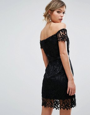 photo Lace Bandeau Mini Dress with Sweetheart Neck by Chi Chi London, color Black - Image 2