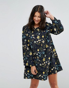 photo Floral Printed Shift Dress by QED London, color Navy - Image 1