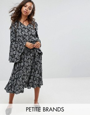 photo Floral Midi Dress with Frill Sleeve by Yumi Petite, color Black - Image 1