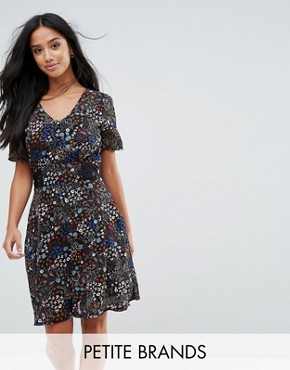 photo Floral Tea Dress by Yumi Petite, color Black Floral - Image 1