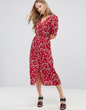 photo Floral Midi Dress by Influence, color Burgundy - Image 1